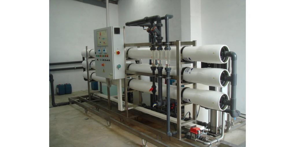 Instalación de plantas desaladoras en hoteles